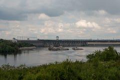Υδρο σταθμός παραγωγής ηλεκτρικού ρεύματος στο Zaporozhye Στοκ Φωτογραφίες