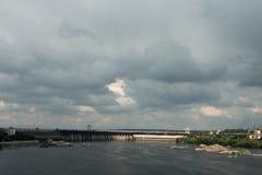 Υδρο σταθμός παραγωγής ηλεκτρικού ρεύματος στο Zaporozhye Στοκ εικόνες με δικαίωμα ελεύθερης χρήσης