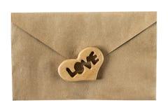 Φάκελος με τον ξύλινο διαμορφωμένο καρδιά αριθμό διάνυσμα βαλεντίνων αγάπης απεικόνισης ημέρας ζευγών Στοκ εικόνες με δικαίωμα ελεύθερης χρήσης