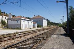Φάντασμα σιδηροδρομικών σταθμών σε Mouriscas, Ribatejo, Santarém, Πορτογαλία στοκ εικόνα