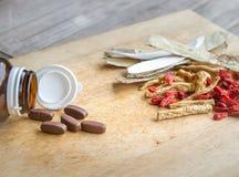 Φάρμακα ή χορτάρια στοκ φωτογραφίες με δικαίωμα ελεύθερης χρήσης