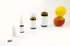 Φάρμακα και φρούτα Στοκ Εικόνα