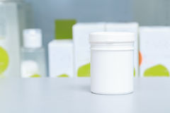Φάρμακα σε ένα φαρμακείο Στοκ φωτογραφίες με δικαίωμα ελεύθερης χρήσης