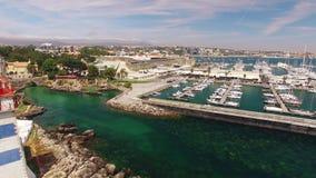 Φάρος και μαρίνα της εναέριας άποψης του Κασκάις Πορτογαλία φιλμ μικρού μήκους