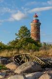 Φάρος και σπίτι στη θάλασσα της Βαλτικής Στοκ Φωτογραφίες