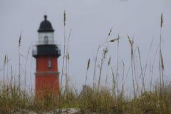Φάρος πίσω από τις βρώμες θάλασσας στη Φλώριδα Στοκ Φωτογραφίες