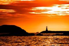 Φάρος στο ηλιοβασίλεμα Στοκ Εικόνες