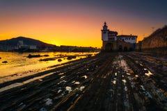 Φάρος Arriluze Getxo στο ηλιοβασίλεμα Στοκ εικόνες με δικαίωμα ελεύθερης χρήσης