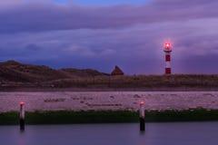 Φάρος dusk Nieuwpoort, Φλαμανδική περιοχή, Βέλγιο Στοκ Εικόνες