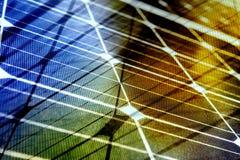 Φάσμα ηλιακής ενέργειας με τις γραμμές πλέγματος Στοκ Φωτογραφίες