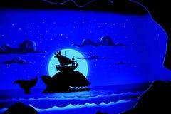 Φάλαινα και βάρκα στοκ εικόνες