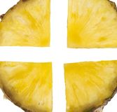 Φέτα ανανά που απομονώνεται στο άσπρο υπόβαθρο Στοκ Εικόνα