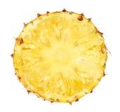 Φέτα ανανά που απομονώνεται στο άσπρο υπόβαθρο Στοκ φωτογραφία με δικαίωμα ελεύθερης χρήσης