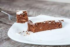 Φέτα κέικ γλυκιάς σοκολάτας Στοκ Εικόνες