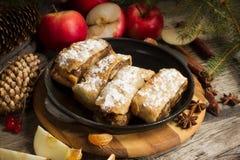 Φέτα της διακόσμησης Χριστουγέννων της Apple strudeland Στοκ Εικόνες