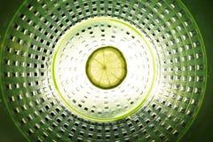 φέτα του ασβέστη στο κέντρο της σύνθεσης Στοκ Φωτογραφίες