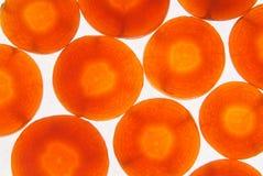 Φέτες του καρότου που απομονώνεται Στοκ φωτογραφία με δικαίωμα ελεύθερης χρήσης
