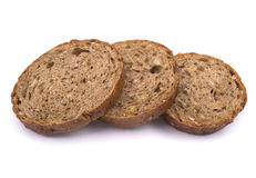 Φέτες του σκοτεινού ψωμιού σίκαλης Στοκ Εικόνες