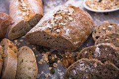 Φέτες του ψωμιού σίκαλης Στοκ Εικόνες