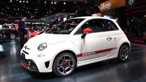 Φίατ 500 συμπαγές αθλητικό hatchback αυτοκίνητο Abarth φιλμ μικρού μήκους