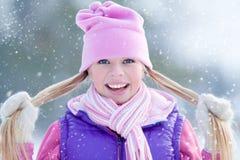 Φίλαθλο κορίτσι το χειμώνα Στοκ Φωτογραφίες