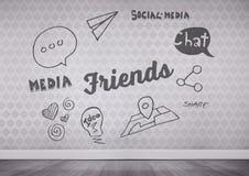 φίλοι και κοινωνικό κείμενο μέσων στο δωμάτιο Στοκ φωτογραφίες με δικαίωμα ελεύθερης χρήσης
