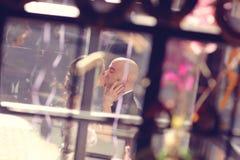 φίλημα νεόνυμφων νυφών Στοκ Φωτογραφία