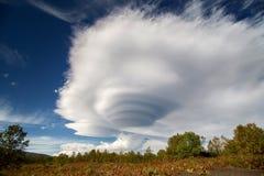 Φακοειδή φακοειδή σύννεφα Στοκ Εικόνα