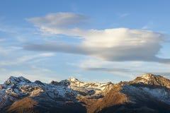 Φακοειδή σύννεφα Στοκ Εικόνες