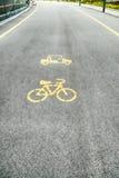 Φακός ποδηλάτων, πάροδος ποδηλάτων, σημάδι ποδηλάτων ή εικονίδιο και μετακίνηση Στοκ Φωτογραφία