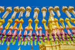Φανάρια εγγράφου στον ταϊλανδικό ναό στοκ εικόνες με δικαίωμα ελεύθερης χρήσης