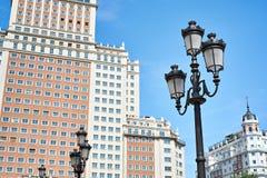 Φανάρια και κτήρια σε Plaza της Ισπανίας Στοκ φωτογραφία με δικαίωμα ελεύθερης χρήσης