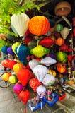 Φανάρια Handcrafted στην αρχαία πόλη Hoi, Βιετνάμ Στοκ Φωτογραφία