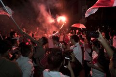 Φανατισμός στο Περού Περού εναντίον Ποδόσφαιρο της Χιλής στοκ εικόνα