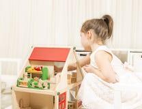 Φαντασία παιδιών ή έννοια δημιουργικότητας Στοκ εικόνα με δικαίωμα ελεύθερης χρήσης