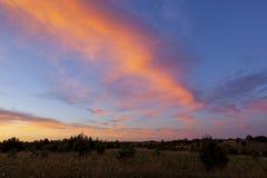 Φανταστικά ζωηρόχρωμος ουρανός μετά από το ηλιοβασίλεμα στοκ φωτογραφίες με δικαίωμα ελεύθερης χρήσης