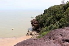 Φανταστικός κόλπος με τους βράχους - εθνικό πάρκο Bako, Sarawak, Μπόρνεο, Μαλαισία, Ασία στοκ φωτογραφία