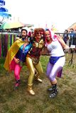 Φανταχτερά κοστούμια φορεμάτων διασκέδασης φεστιβάλ μουσικής Glastonbury Στοκ εικόνα με δικαίωμα ελεύθερης χρήσης