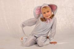 φανταχτερό κορίτσι τ φορε& Στοκ Εικόνα