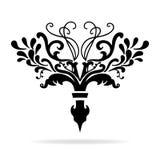 Φανταχτερό σχέδιο διαιρετών κεφαλαίου Fleur-de-Lis ή κειμένων με τις αμπέλους και τις μπούκλες απεικόνιση αποθεμάτων
