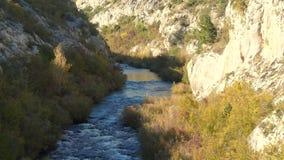 Φαράγγι ποταμών σε αργή κίνηση απόθεμα βίντεο