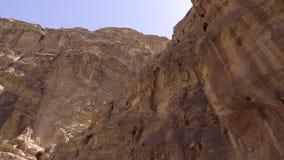 Φαράγγι στον τρόπο στη Petra απόθεμα βίντεο