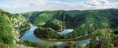Φαράγγι Uvac, Σερβία στοκ φωτογραφία
