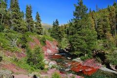 φαραγγιών κόκκινος βράχος πάρκων λιμνών εθνικός waterton Στοκ Φωτογραφία