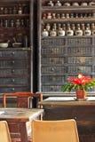 Φαρμακείο ιατρικής παραδοσιακού κινέζικου στοκ εικόνα