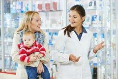 φαρμακείο μητέρων φαρμακε στοκ φωτογραφίες