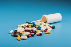 φαρμακευτικές χάπι και ταμπλέτες Στοκ εικόνα με δικαίωμα ελεύθερης χρήσης