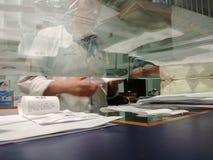 Φαρμακοποιός στην εργασία στοκ εικόνες με δικαίωμα ελεύθερης χρήσης