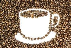 Φασόλια καφέ και φλυτζάνι καφέ Στοκ φωτογραφία με δικαίωμα ελεύθερης χρήσης