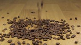 Φασόλια offee Ð ¡ που αφορούν έναν σωρό των φασολιών καφέ φιλμ μικρού μήκους